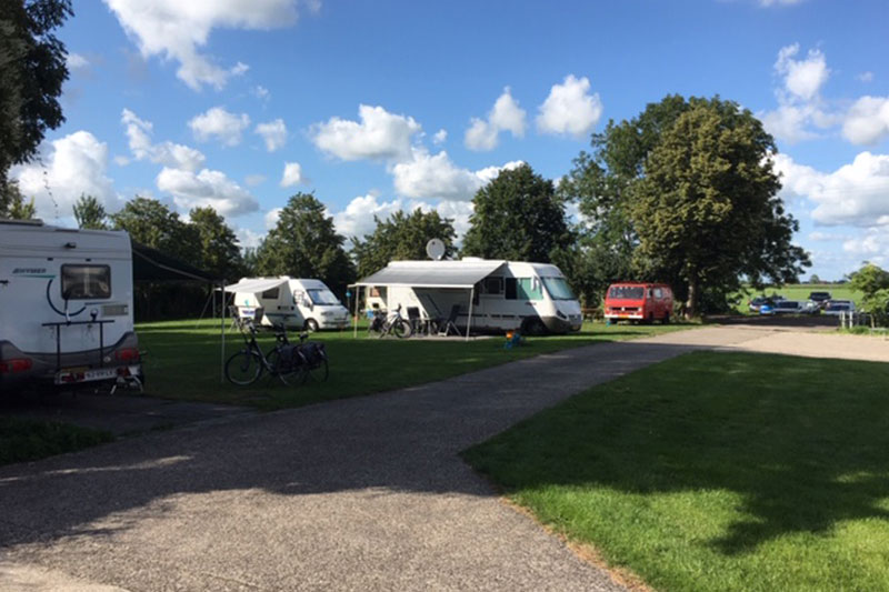 Camperplaats verhard