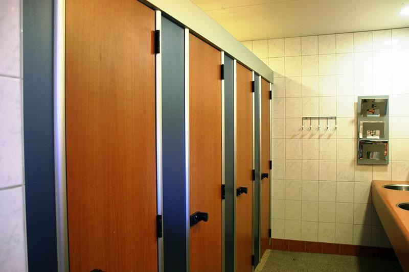 Toiletgebouw douches